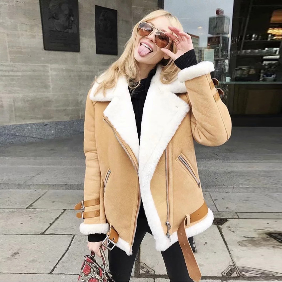 Women's Winter   Suede     Leather   Jacket Women Thicken Lambswool Sheepskin Motorcycle Jacket Oversized Ladies Windbreaker Biker Coat