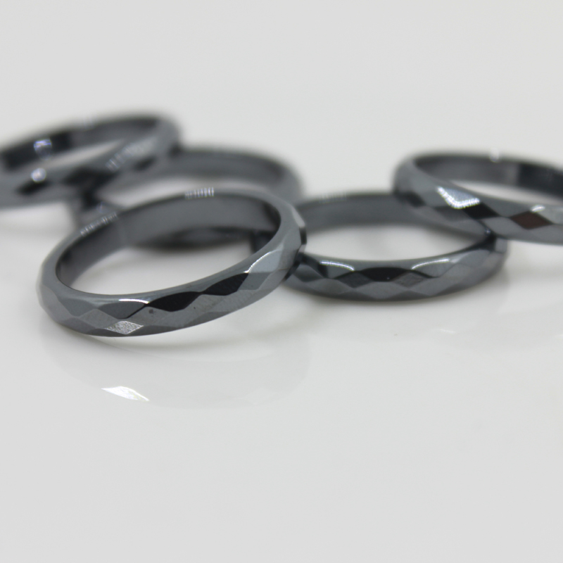 Grade AAA Quality 4 mm Black Width Faceted Hematite Rings (50 Pieces Mixed sizes) HR1001-1Grade AAA Quality 4 mm Black Width Faceted Hematite Rings (50 Pieces Mixed sizes) HR1001-1