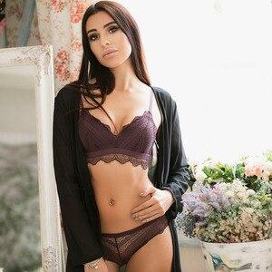 Image 2 - VS Thương Hiệu Áo Ngực Thiết Lập Siêu mỏng Bông Phụ Nữ áo ngực và Đồ Lót panty Sexy Thêu Ren Bộ Đồ Lót Trắng 12350