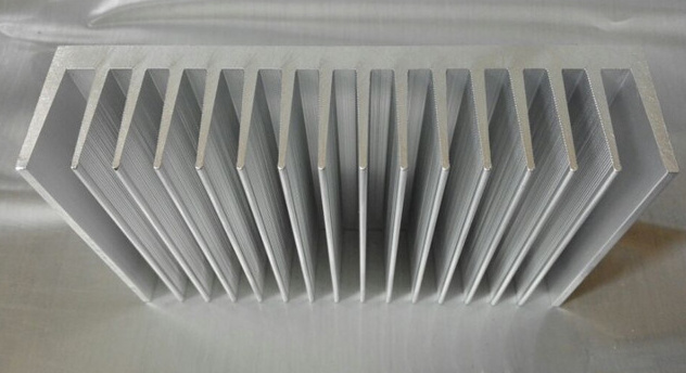 Free Ship Can be Customized Processing Radiator Aluminum Radiator width160,height 40,length 100 Heatsink thermo operated water valves can be used in food processing equipments biomass boilers and hydraulic systems