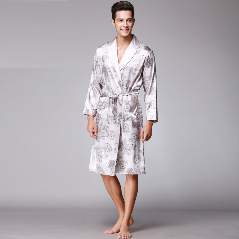 2017 Top grade New Retro Fashion V Neck Homewear Long Sleeve Night-robe Soft Smooth Fake Silk Pajamas for Men with Printing