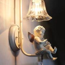Nuevo candelabro nórdico con diseño de Ángel y violín, lámpara de cristal para pared, pasillo, hogar, vanidad, iluminación Led moderna, dormitorio, habitación de niños