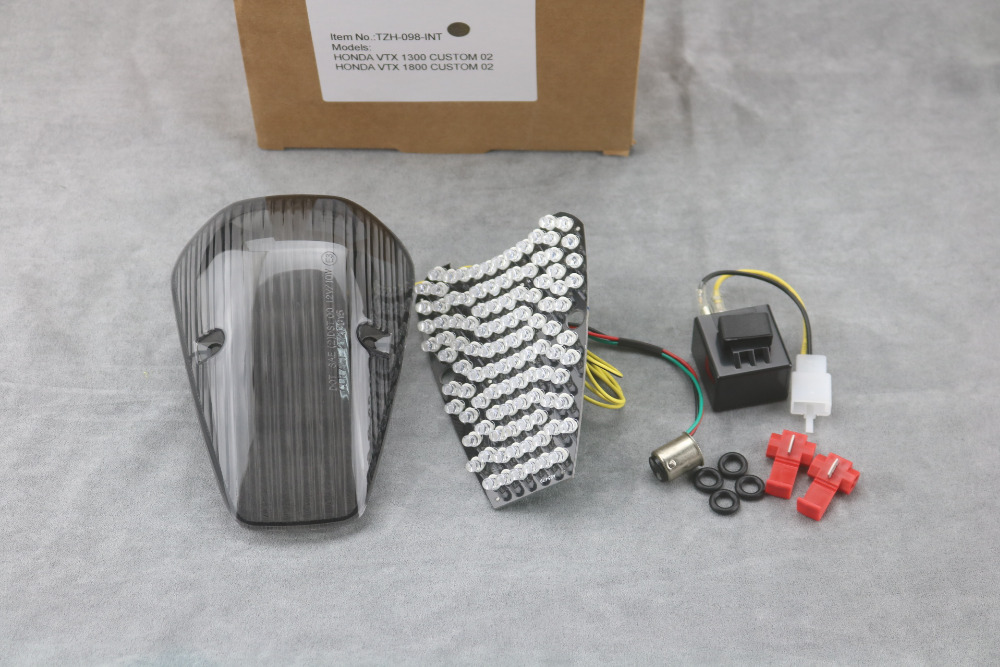 Honda VTX 1300//1800 Retro Models Integrated LED Taillight w// Clear Lens