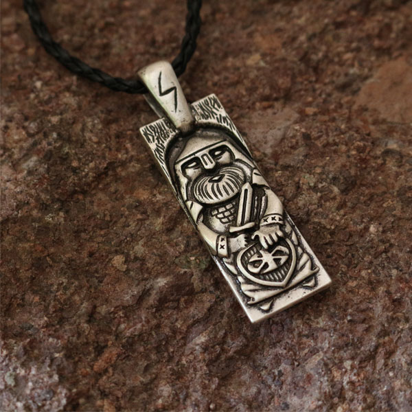 1pcs wholesale sun wheel men necklace slavic god pendant Perun is the Slavic god of thunder and lightning slavic jewelry sun god totem beach throw