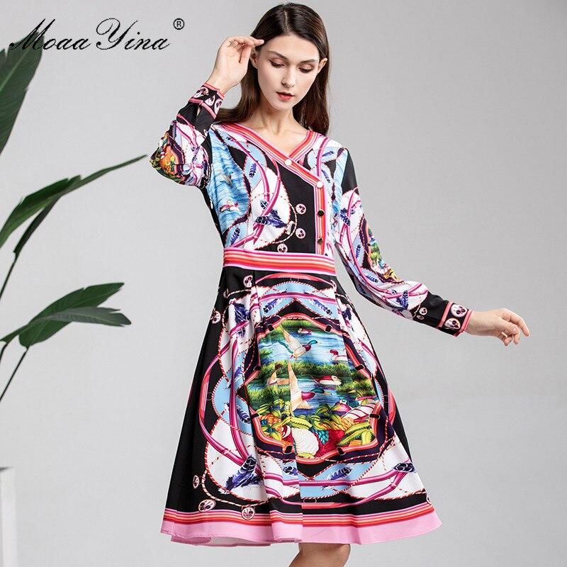 MoaaYina 2019 diseñador de moda vestido de pasarela primavera mujer de manga larga cuello en V botón rayas lago paisaje estampado Delgado elegante vestido-in Vestidos from Ropa de mujer    2