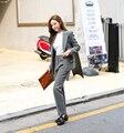Verdadeiro 2016 Moda Coréia Simples Coreano Breasted Duas Peças Slim a Menina elegante tendências da moda coreano venda quente modelo mulheres Terno