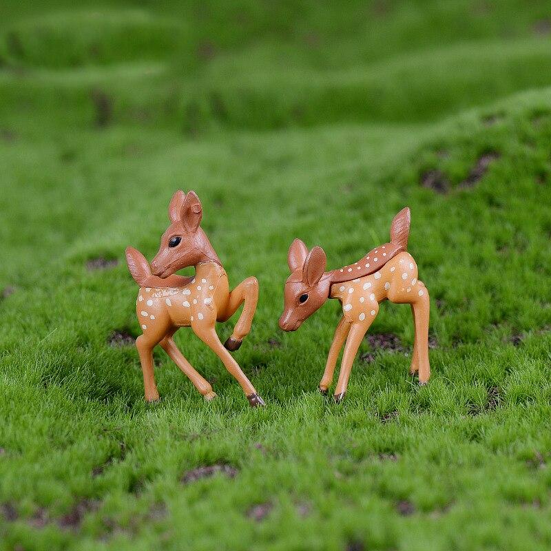 1 PC 恋人鹿のカップルミニチュア置物 Diy アクセサリー人形家の装飾シミュレーション漫画の動物モデルプラスチック女の子のおもちゃ