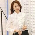 Os Recém-chegados 2015 Estilo Coreano Escritório Desgaste do Trabalho Moda Elegante Babados Camisa Bodysuit Das Mulheres Longas Da Luva Blusa Branca Preta