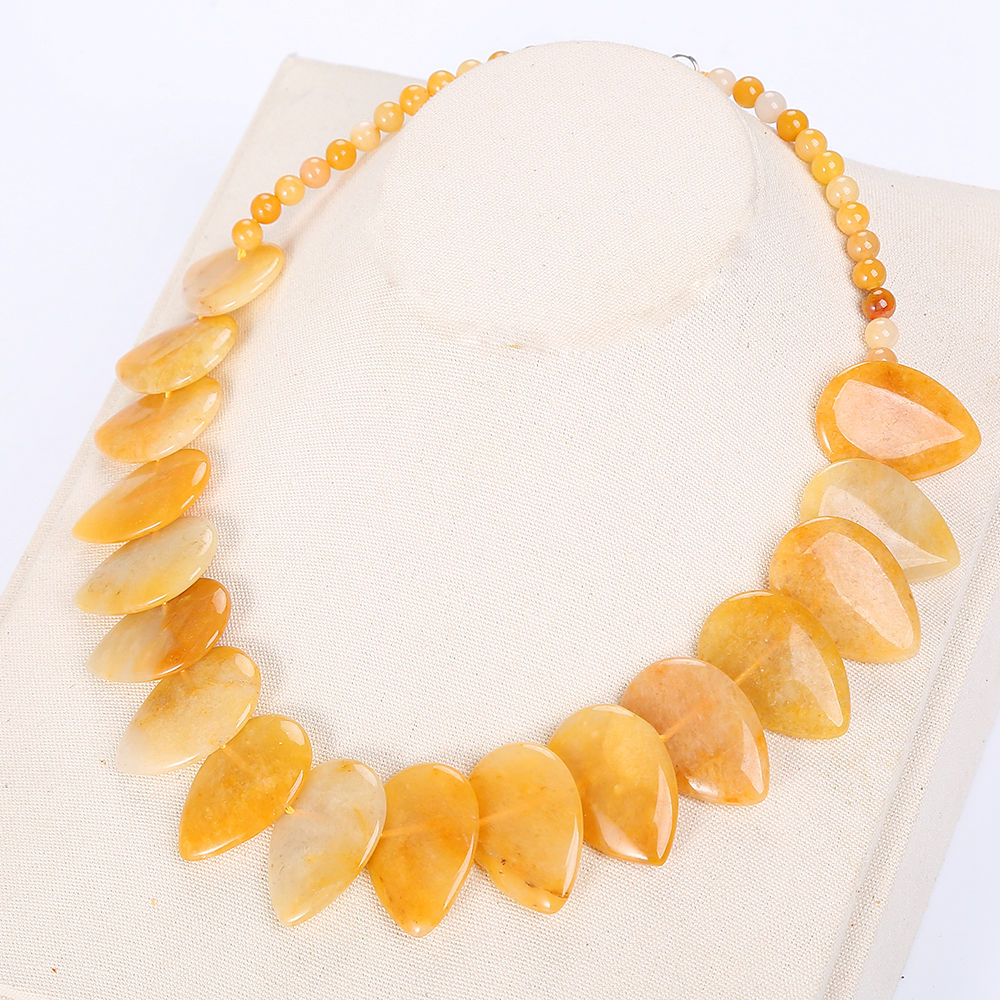 Natural Crystal Yellow Topaz Necklace Women Stone Leaf Pendant Choker Flower Charm Jewelry Yoga Anime Vintage Kolye Choker Love все цены