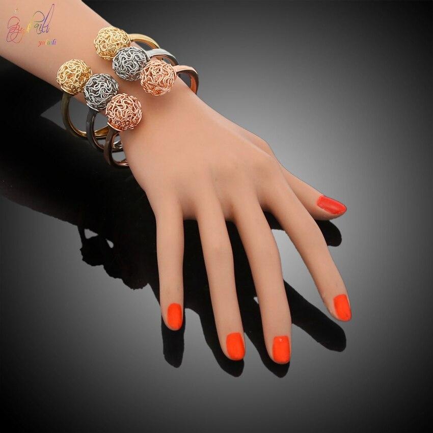 YULAILI 2018 nouveauté alliage matériau trois tons couleur or Bracelets Bracelets pour femmes - 5