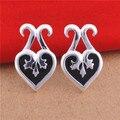 Korean Pop The Queen of Spades Stud Earrings Black Enamel Heart Shaped Earrings for Women Men Couples Fashion Jewelry