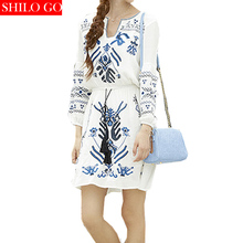HOT Free shipping 2016 new summer fashion women high quality Bohemian temperament lantern sleeve dress embroidered white black