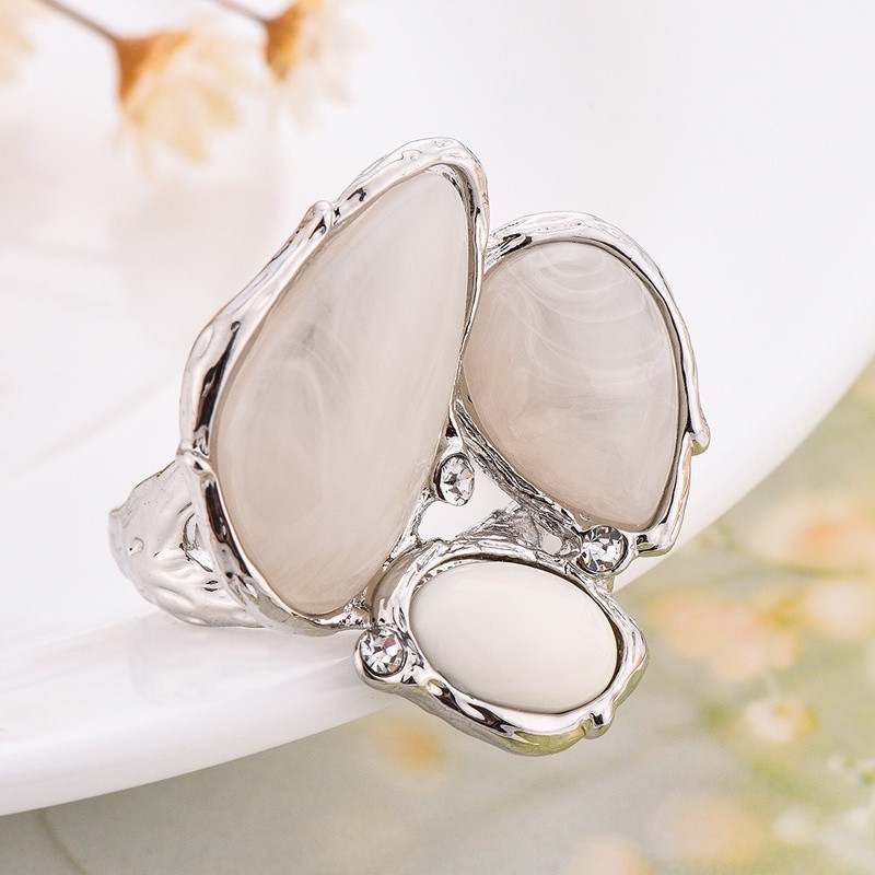 Irregular White Stone Opal Ring Bright Silver Abstract Style Anel for Women Girl Party Dating Jewelry Anillos Mujer O5C220