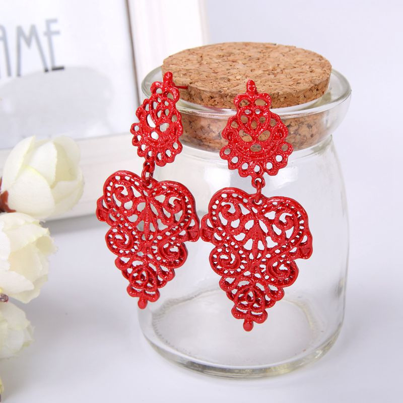 Long Vintage Black Red Golden Silver Metallic Boho Style Lace Figures Bohemia Hollow Drop Earrings Women Dangle Earrings