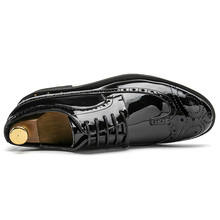 gold silver cool desinger brogue oxford shoes for men italian formal ballroom dress footwear new male patent leather flats shoes