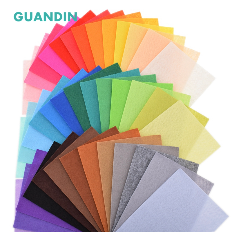 GuanDin,Polyester Nonwoven Felt Fabric/Thickness 1mm/Mix Solid Color/for DIY Sewing Toys,Crafts Dolls/40pcs in 1 pack/10cmx15cm