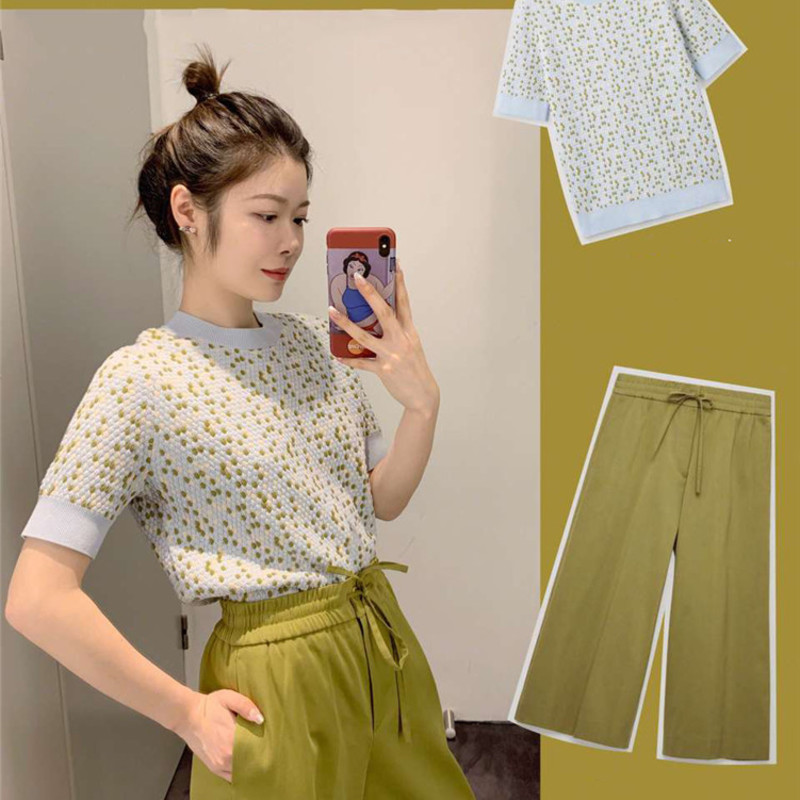 New spring and summer 2019 wave point short sleeve blouse suit G0338   grass green leisure trousers leisure fashion