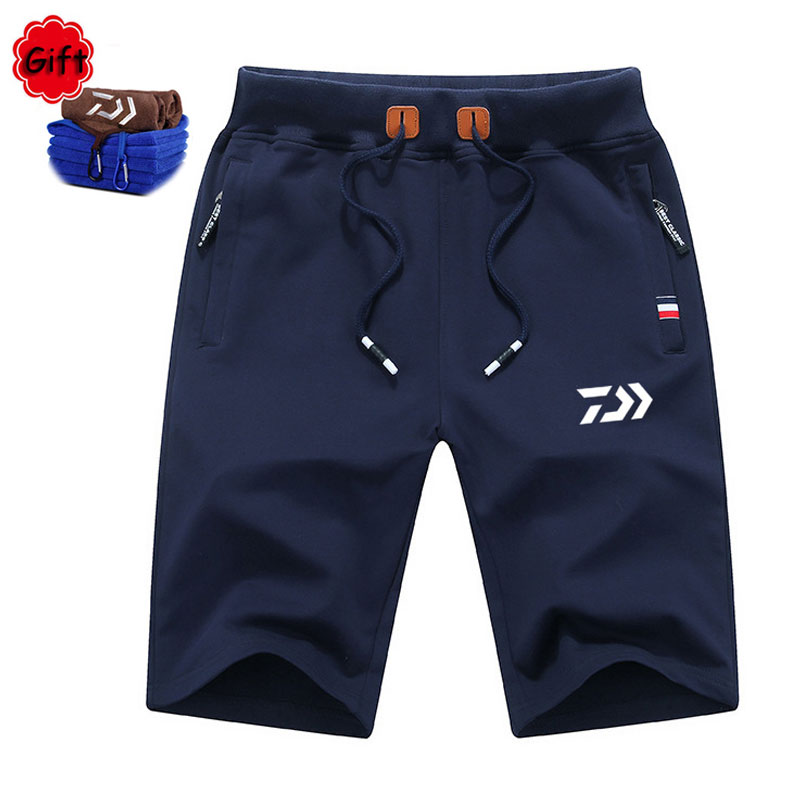 Daiwa Men Fishing Clothing Summer Outdoor Big Size Hiking Climbing Sports Pants Breathable Short Fishing Pant Free Gift Towel