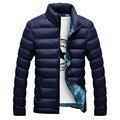 Hombres Chaqueta de invierno 2016 de Moda Del Collar Del Soporte Macho Chaqueta Parka Para Hombre Sólido Grueso Chaquetas y Abrigos Hombre Invierno Parkas