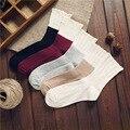 Горячие продать Feitong Vintage Fashion Осень и Зима Женщины Повседневная Куча Носки Хлопок носки для леди