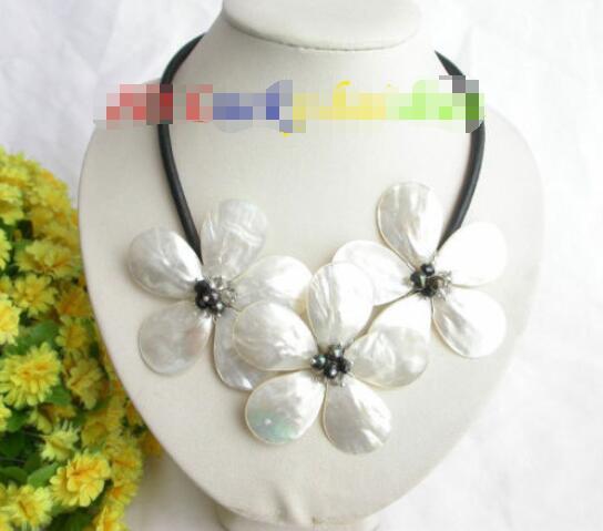 Livraison gratuite vente chaude femmes de mariée bijoux de mariage > > artisanat fleur blanc noir seashell perles choker collier en cuir