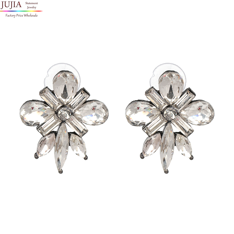 JUJIA 4 colors good quality Hot sale simple crystal earrings fashion women statement earring girl party stud earring