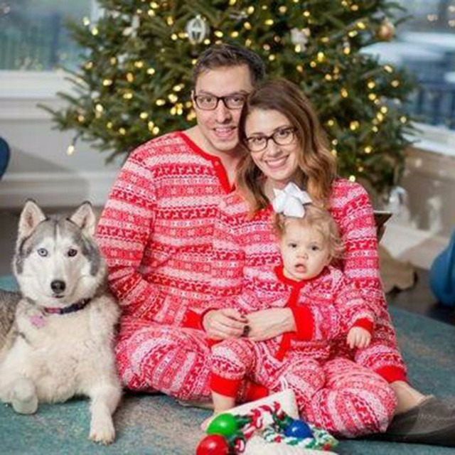 Family Christmas Pajamas 2019.Us 13 99 Family Christmas Pajamas Matching Clothes Mother And Daughter Son Outfits Clothes 2019 New Year Family Matching Pajamas Sets In Matching