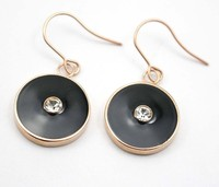 2015 Popular Black Disc Shape And Crystal Stones Heart With Rose Gold Plated Surrounding Stainless Dropping