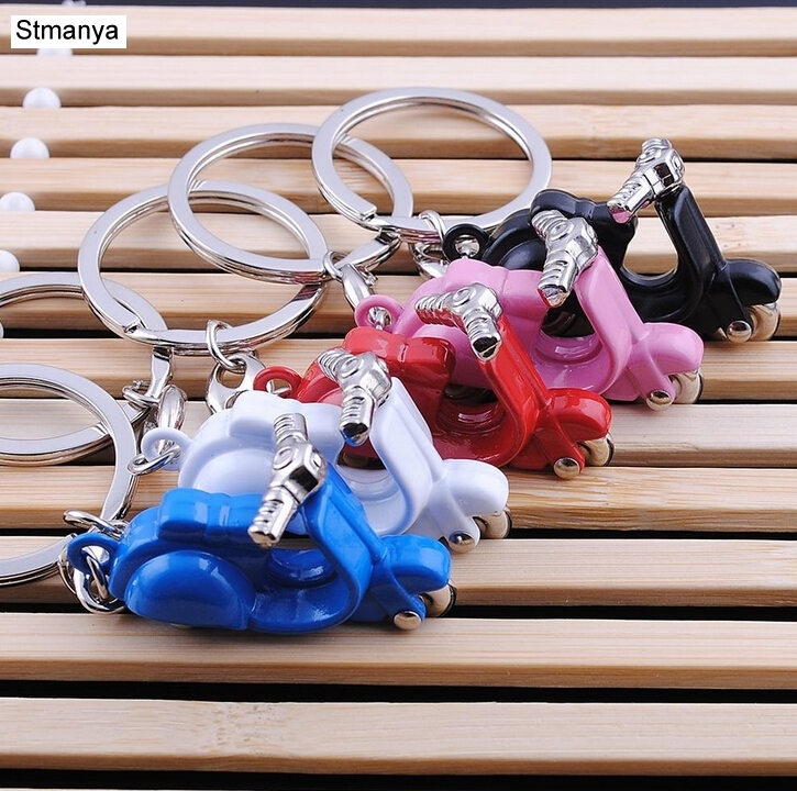 New Design Cool Mini metal Keychain Car Key Chain Key Ring Motorcycle chain Mix color pendant For Man Women Gift wholesale 17217