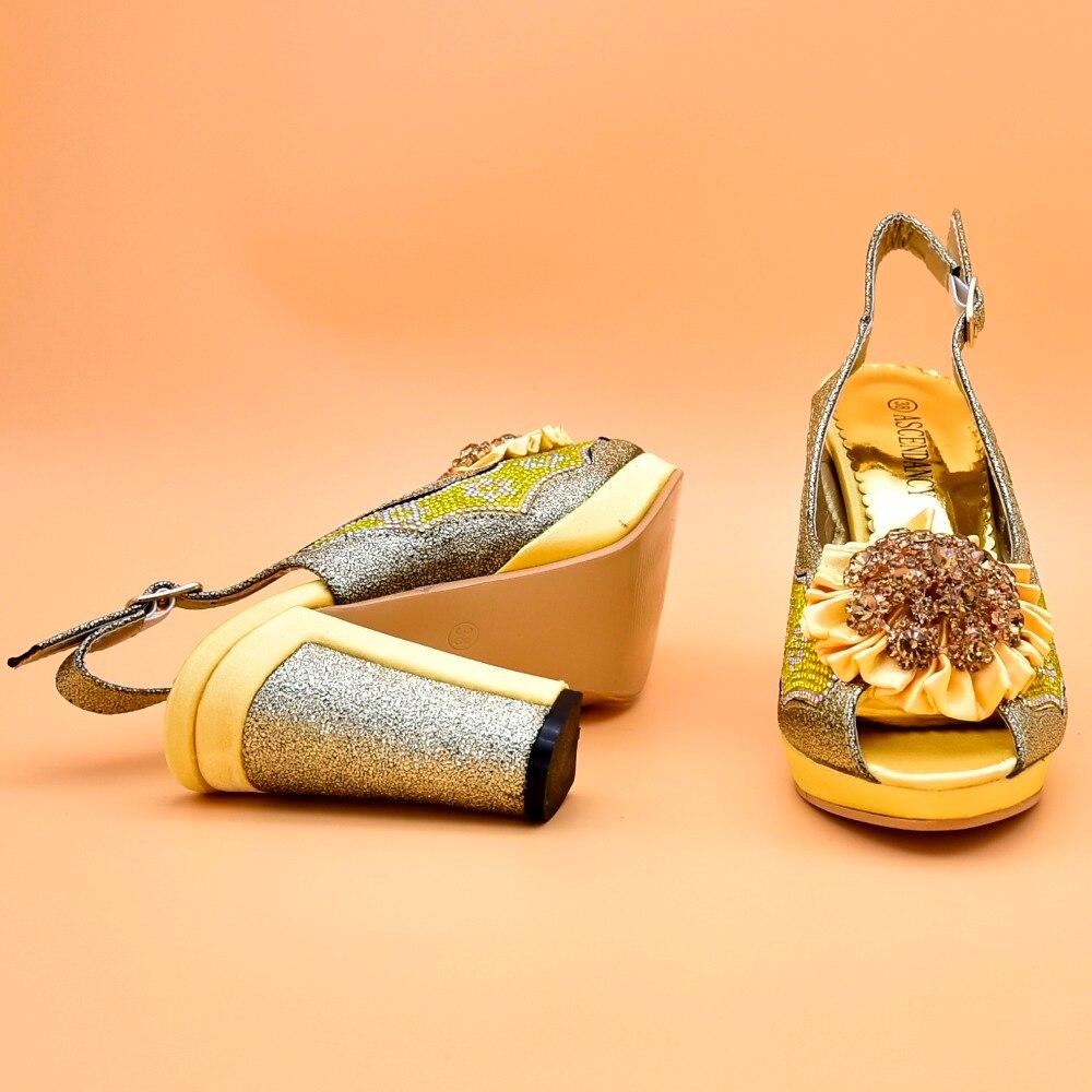 Mode 42 Pour Sb8262 Chaussures Chaussure Ensemble Arrivée Africain Ebi Taille 37 Aso Italien Et Italie Jaune Assorti 1 Sac Nouvelle 2018 varIqHv