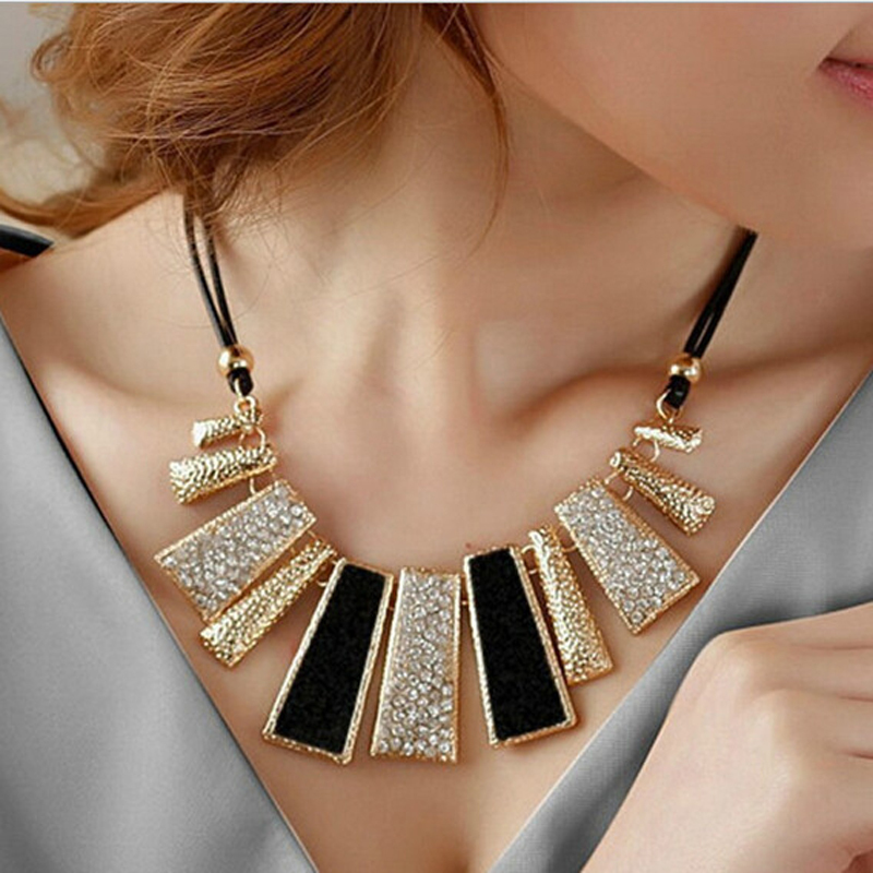 2016 Women Fashion Jewelry Pendant Chain Crystal Choker Chunky Statement Bib Necklace