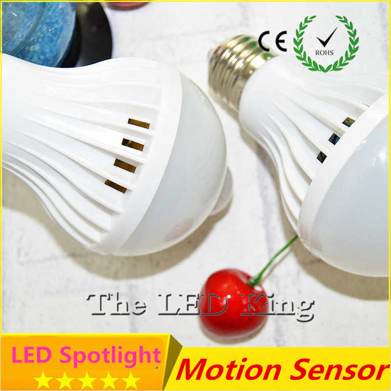 Intelligent Sound PIR Motion Sensor LED Ball Lights SMD5730 E27 220V 3W 5W 7W 9W 12W Globe Bulbs Corridor Lamp With Light Sensor