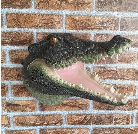 Stile europeo decorativa in resina artigianato Arredamento Per La Casa animale coccodrillo club KTV morbido pendente dei monili murale La statua