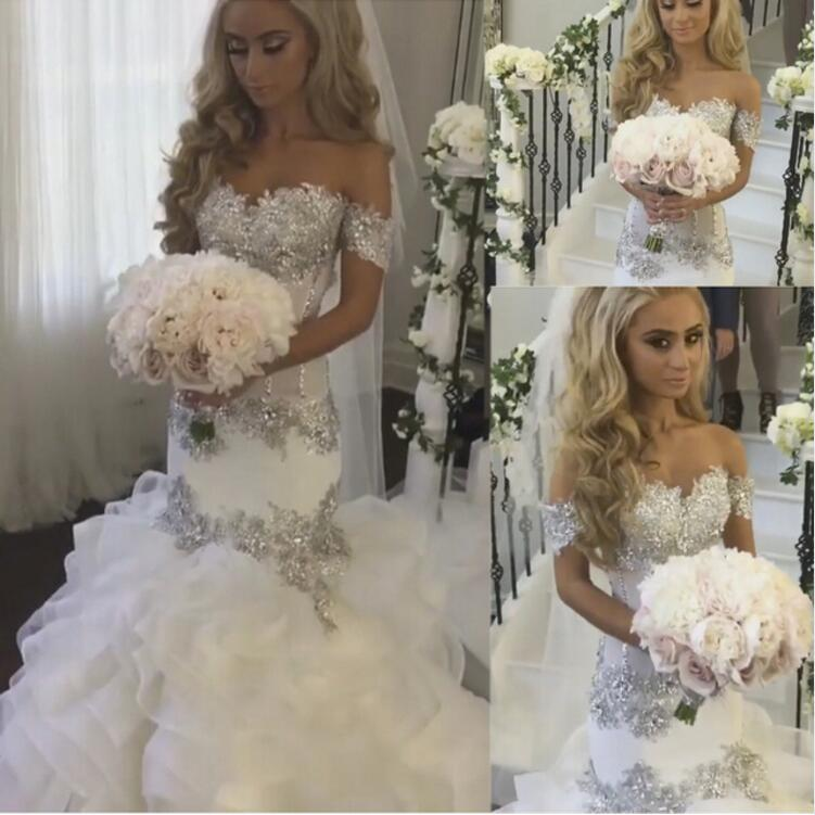 Saudi Arabia Bridal Gowns Sweetheart Neckline Lace Appliques Crystal Beading Tiered Mermaid Wedding Dresses Arabic