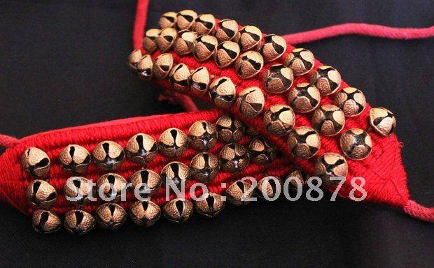 Bracelet de cheville de danse fait main indien de BB-261, cloches en laiton, noir et rougeBracelet de cheville de danse fait main indien de BB-261, cloches en laiton, noir et rouge