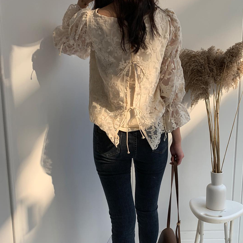 HTB1 YDibcfrK1RkSnb4q6xHRFXax - Spring / Summer O-Neck Long Sleeves Embroidery Floral Lace Blouse