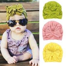 Новинка года; красивые головные уборы с бантами для маленьких девочек; Топ ярких цветов с бантами; мягкие хлопковые шапки-бини; шапки для новорожденных; тюрбан; накидка
