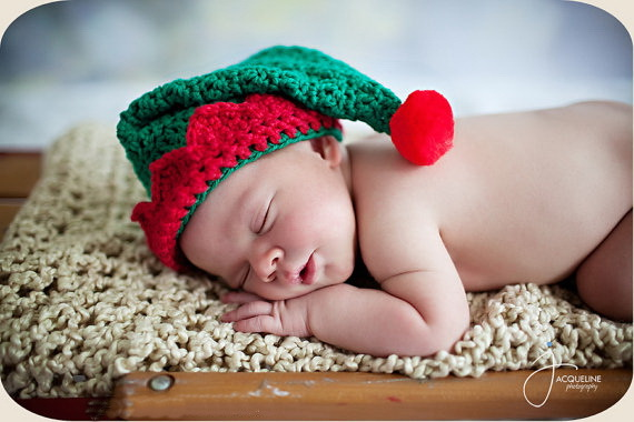 ff2f4f627fb Free shipping Handmade crochet Baby Boy or Baby Girl Red Green Crochet Elf  Hat Christmas Hat newborn Photography Prop-in Hats   Caps from Mother    Kids on ...