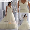 Wide Straps Beads Sweetheart A-line Plus Size Wedding Dress New Elegant Court Train Lace Bridal Gown For Women W930