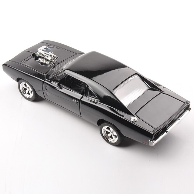 1/32 Scale Fast & Furious 7 Dodge Charger Alloy Diecast Car Model Toys Dodge Pull Back Car Toy For Children/Gift  Collection