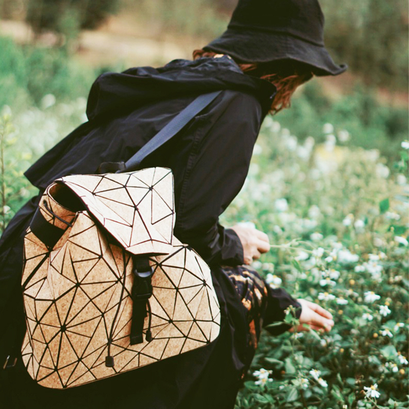 KAOGE Vegan Backpack Natural Cork Chain Bag Women Original Designer Flap Hand Bag Shoulder Travel Girls Geometric Bao Bag