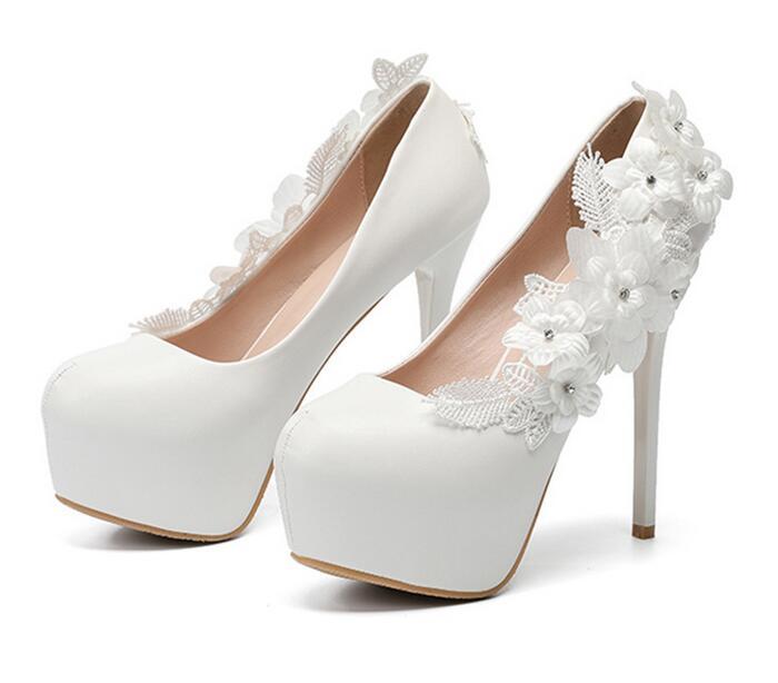 Nouveau Blanc Fleur De Mariage Chaussures De Mariée Haute Talons Chaussures Femmes Pompes À Talons Hauts Chaussures de Robe De Partie-in Sandales femme from Chaussures    1