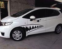 2 unids Auto Car 3D Divertido Gran Tiburón Estilo Badge Decal Pegatinas Moto Coche Del Emblema Del Cromo Etiqueta Engomada Del Coche de Cuerpo Completo