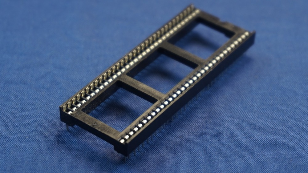 50pcs IC socket 64 Pin 1.778mm Pitch 2 rows with bar Tin plate Vertical DIP Through hole