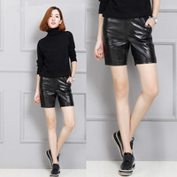 2019 Women Autumn and Winter Sheepskin Leather Wide Shorts K5