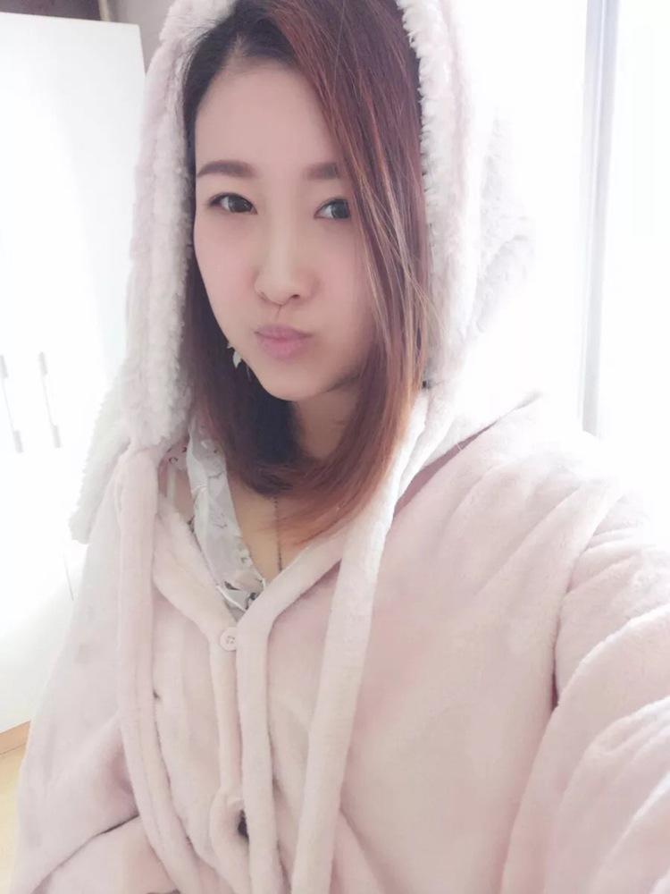 Cute Pink Comfy Blanket Sweatshirt Winter Warm Adults and Children Rabbit Ear Hooded Fleece Blanket Sleepwear Huge Bed Blankets 103