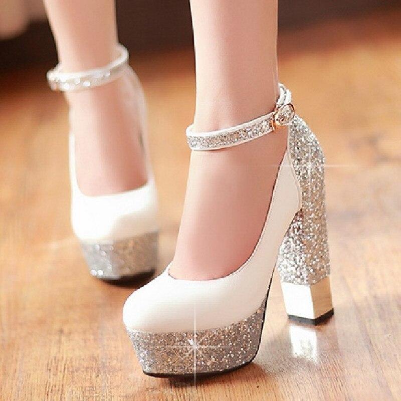 94b86595d6 Botas de Salto grosso de Ultra Saltos Altos Único Sapatos Lindos Sapatos de  Casamento Sapatos de Noiva Bombas Sensuais em Sapatos femininos de Sapatos  no ...