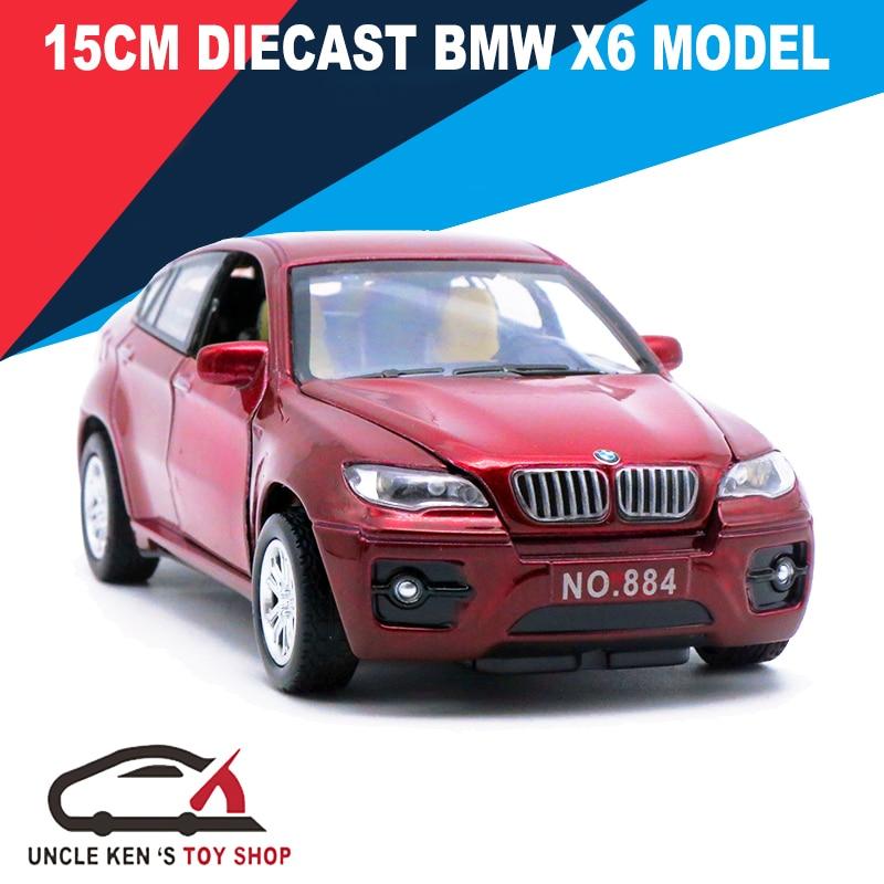 Automobili di modello modellate scala 15Cm, bambini / ragazzi / giocattoli del metallo dei bambini dell'accumulazione del regalo con le porte apribili / tiri indietro la funzione / musica