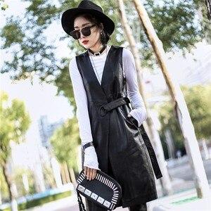 Image 2 - Женский длинный жакет из натуральной кожи, черный облегающий тренчкот из натуральной овечьей кожи с поясом, уличная одежда для лета, 2019