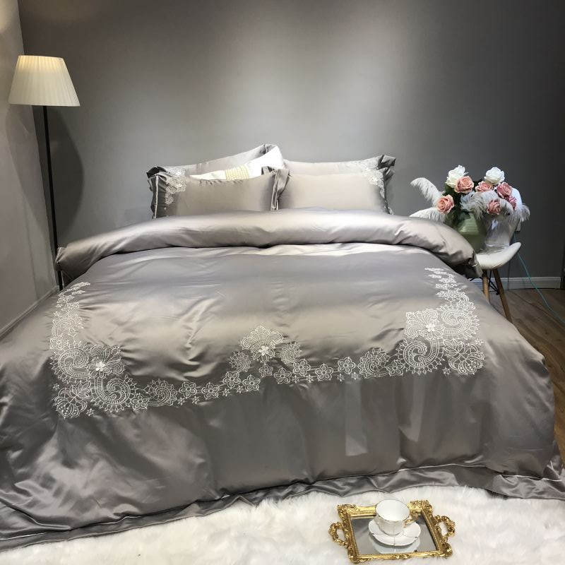 Silver White Cotton Silk Luxury Bedding Set Queen King Double Size Bed set Bed Sheet Linens Duvet Cover PillowcasesSilver White Cotton Silk Luxury Bedding Set Queen King Double Size Bed set Bed Sheet Linens Duvet Cover Pillowcases